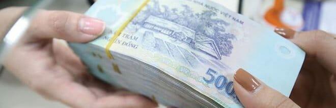Recevoir son salaire en liquide ou demander un virement pour payer votre loyer depuis un compte bancaire vietnamien