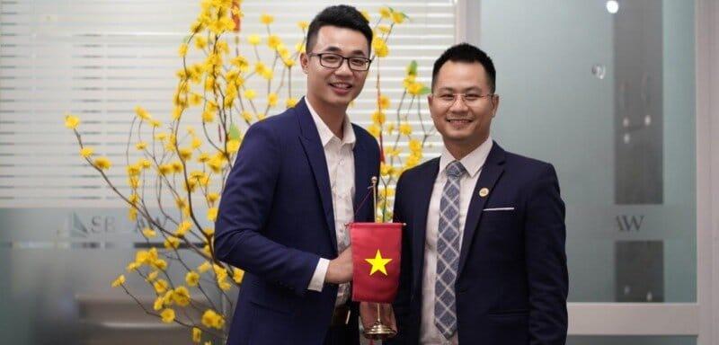 Rencontrer un comptable et avocat au Vietnam pour déclarer et payer vos taxes