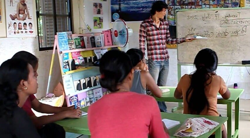 teaching english for young kids students in Cambodia