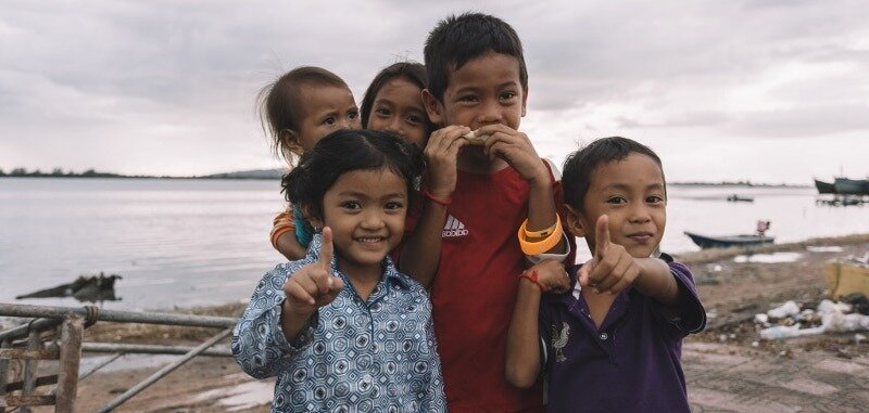 Live in Cambodia as expat family with kids : register in international or local schools