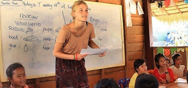 native english teach english in Cambodia without tefl