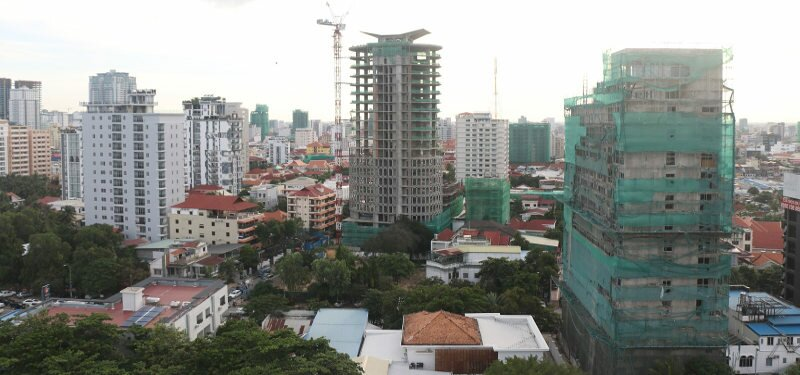Invest in real estate in Siem Reap or Sihanoukville