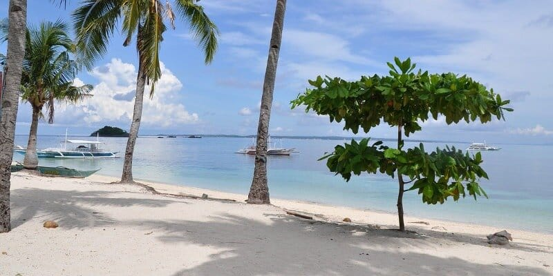 Relocate to the philippines for great lifestyle: beach with retirement programs