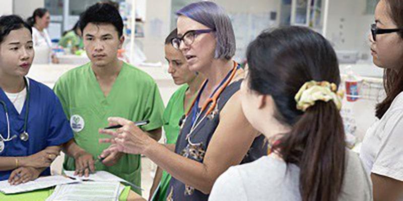 Coûts, avantages et inconvénients d'une assurance santé au Laos