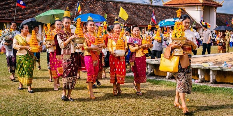 Culture laotienne : population locale appréciée des retraités qui vivent au Laos