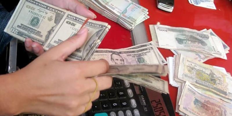 argent et devise au Cambodge : riel et dollar américain