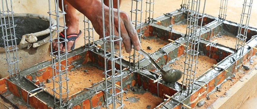 define concrete foundation and structure for the house