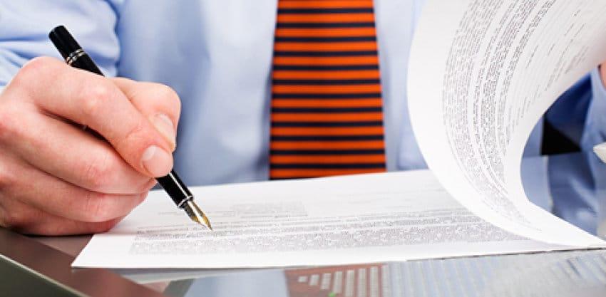 Signer le contrat et payer la caution pour accord d'achat